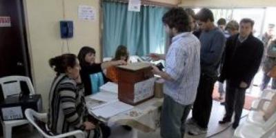Ana Olivera es la primera intendenta de Montevideo elegida en las urnas